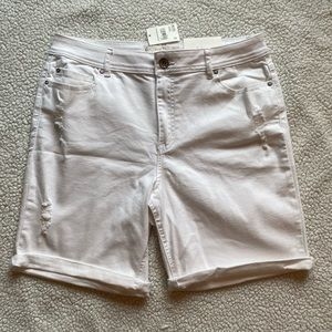 EST. 1946 Denim White Jean Shorts - Distressed